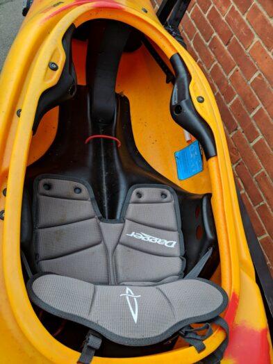 Dagger GT 7.8 details cockpit