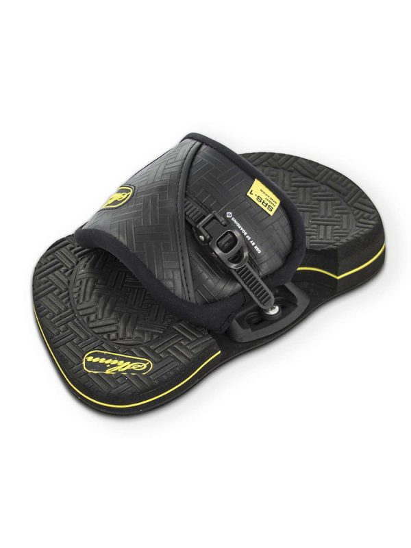 Shinn-Sneakers-SRS-1-Kiteboarding-Pads-and-Straps